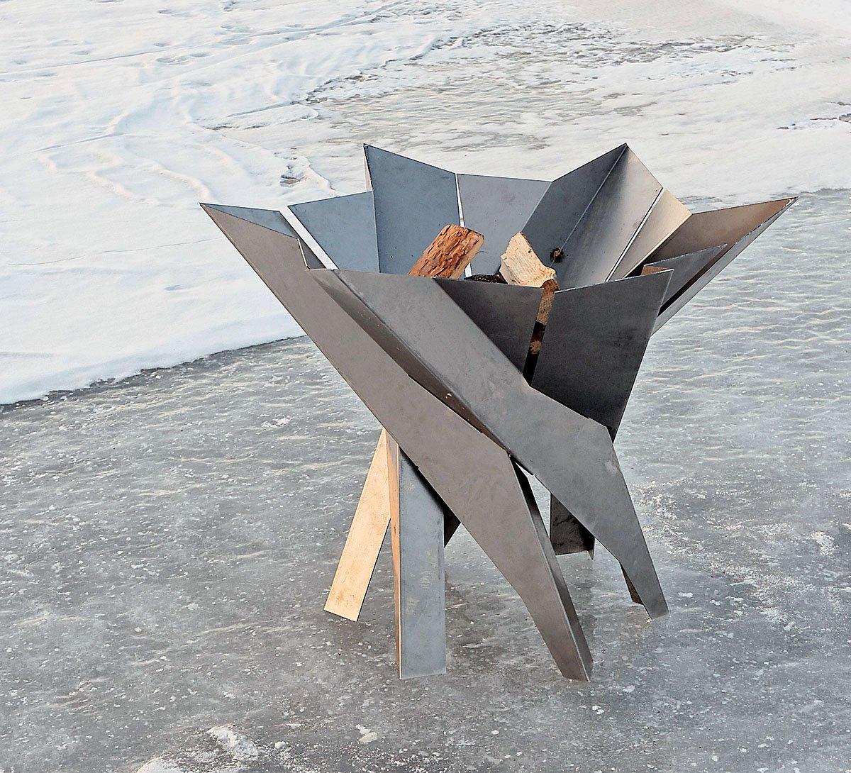 design feuerkorb phoenix blumenschale feuerkorb. Black Bedroom Furniture Sets. Home Design Ideas