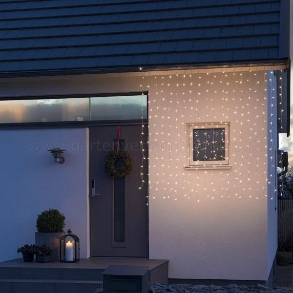 LED-Eisregen-Lichtervorhang gefrostet Bernsteinfarben - Anwendungsbeispiel