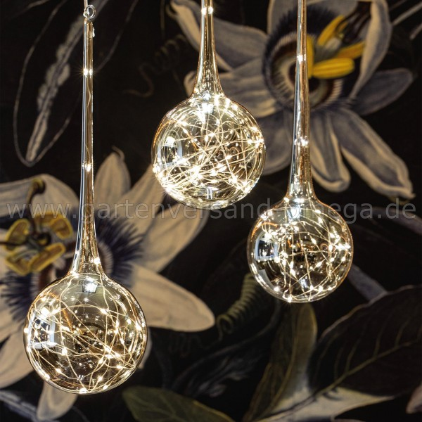 LED Glastropfen-Vorhang mit 3 Glas-Tropfen - beleuchtete Weihnachtsdekoration